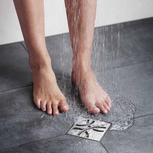 Dušas trapi grīdas līmeņa dušām